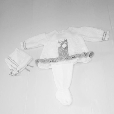BABIES KNITTED SET