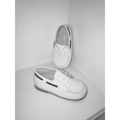 Boys White Patent Shoes